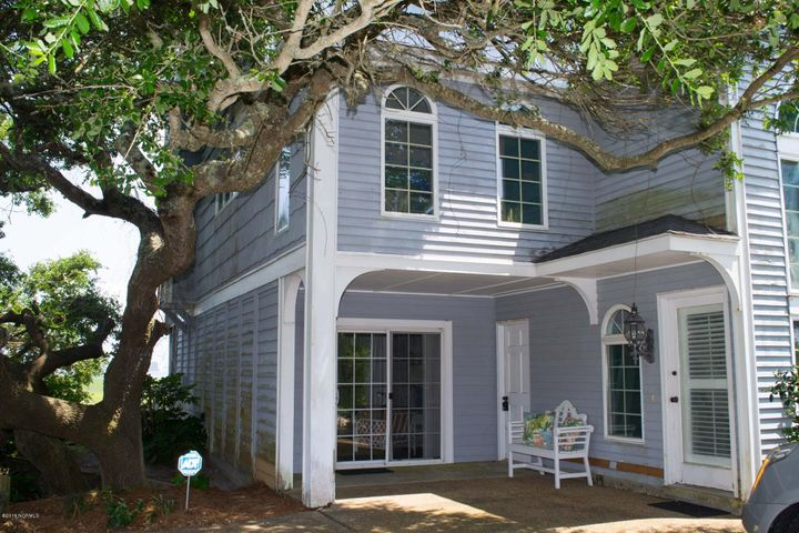 1803 E Fort Macon Road, Atlantic Beach, NC 28512