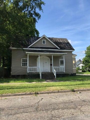 301 E Peyton Avenue, Kinston, NC 28501