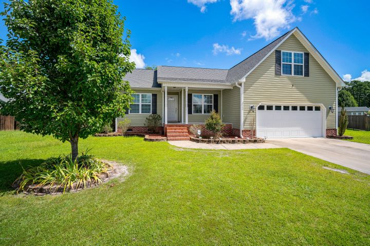 208 Durwood Court, New Bern, NC 28562