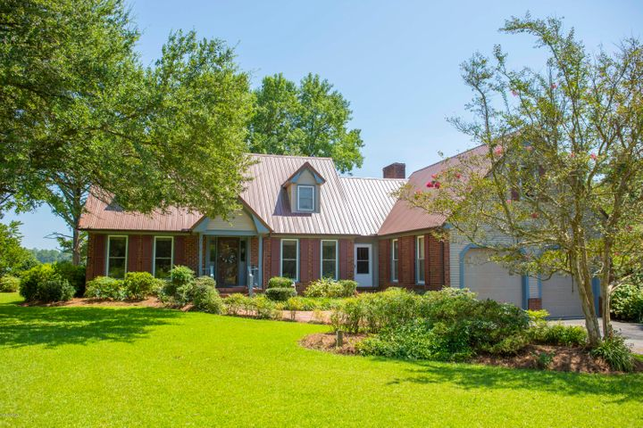 703 Blackbeards View, Bath, NC 27808