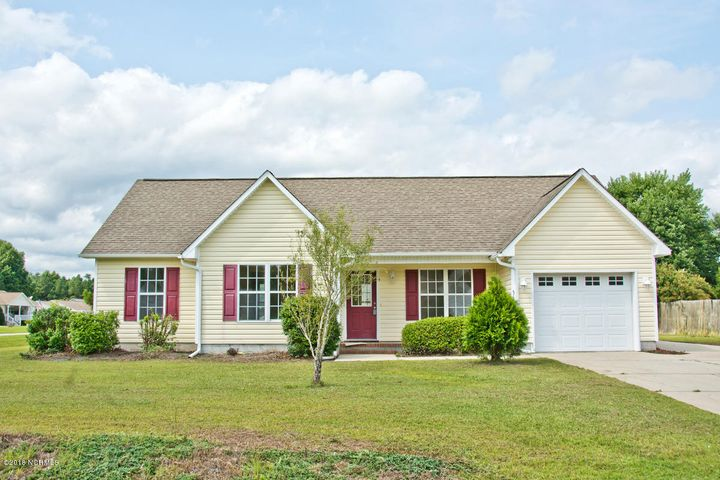 316 Appaloosa Court, Swansboro, NC 28584