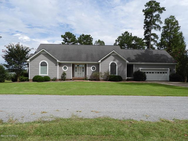 64 Cool Point Road, Bath, NC 27808