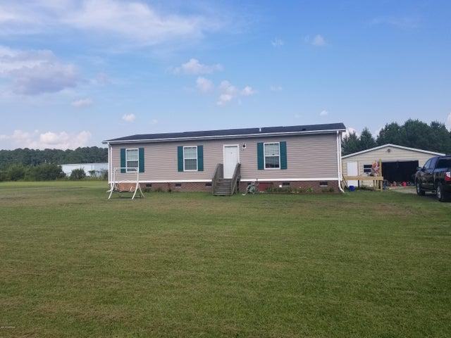 530 Nelson Farm Road, Chocowinity, NC 27817