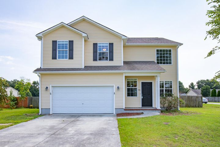 106 Briar Hollow Drive, Jacksonville, NC 28540