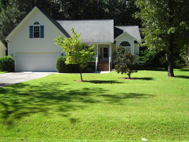 908 Nassau Court, New Bern, NC 28560