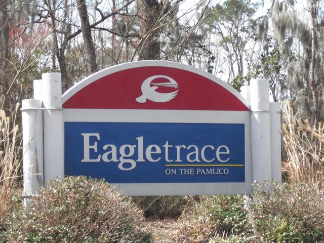 24 Eagle View Lane, Blounts Creek, NC 27814
