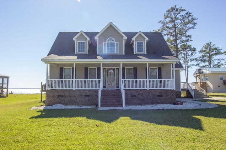 773 Old Pamlico Beach Road W, Belhaven, NC 27810