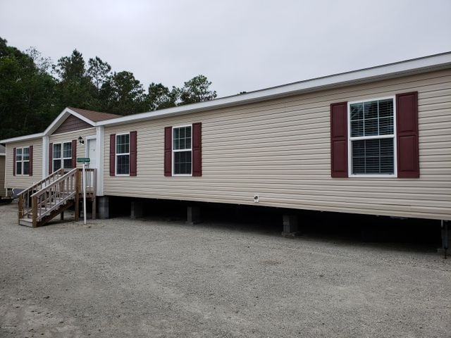 156 Jakes Drive, 115, Rocky Point, NC 28457