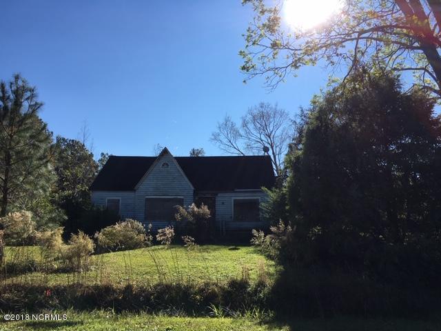 1274 Croomsbridge Road, Burgaw, NC 28425