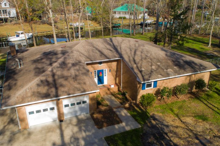 107 Pineview Drive, Oriental, NC 28571