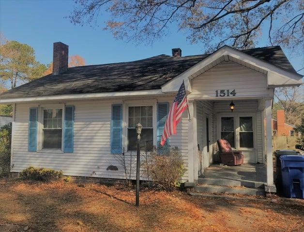 1514 Nash Street N