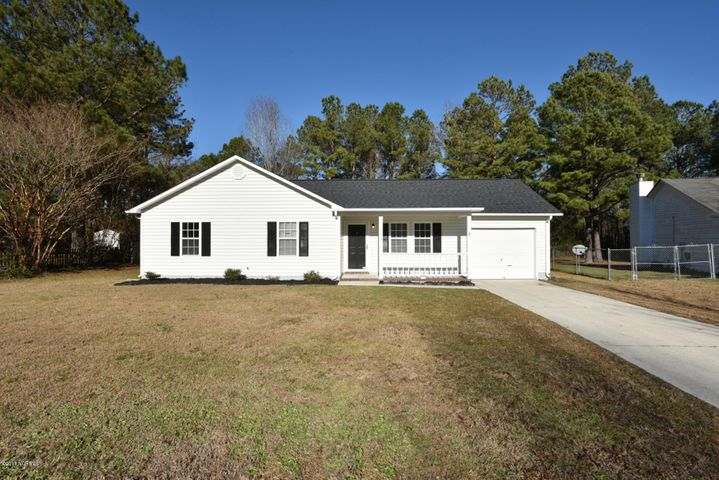 118 Sweetwater Drive, Jacksonville, NC 28540