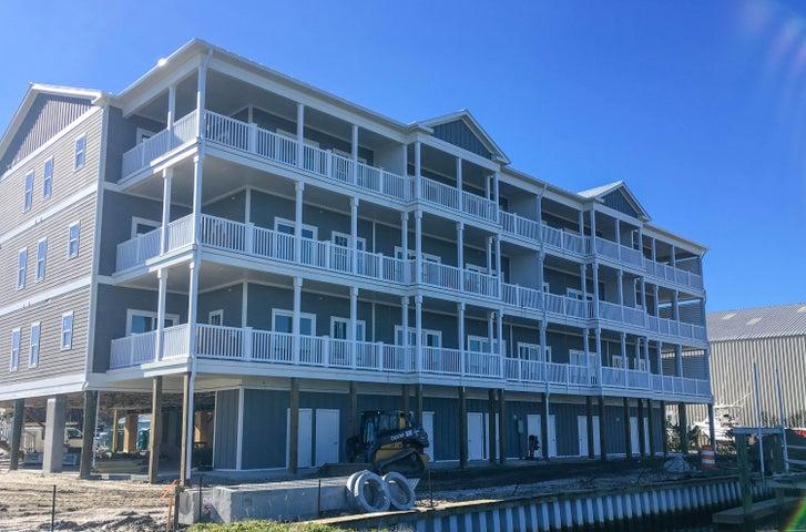 431 E Fort Macon Road, 8, Atlantic Beach, NC 28512