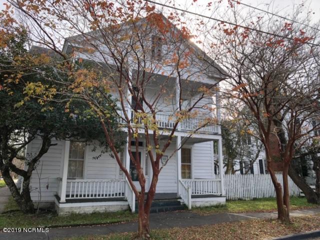 120 Moore Street, Beaufort, NC 28516