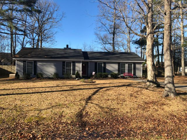 410 Country Road, Grimesland, NC 27837
