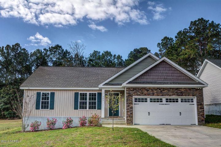 203 Derby Downs Drive, Sneads Ferry, NC 28460