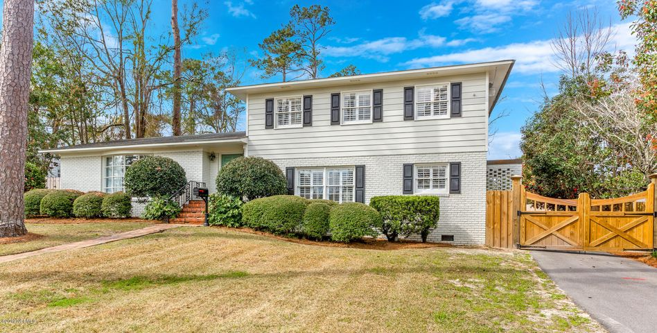 202 Forest Hills Drive, Wilmington, NC 28403