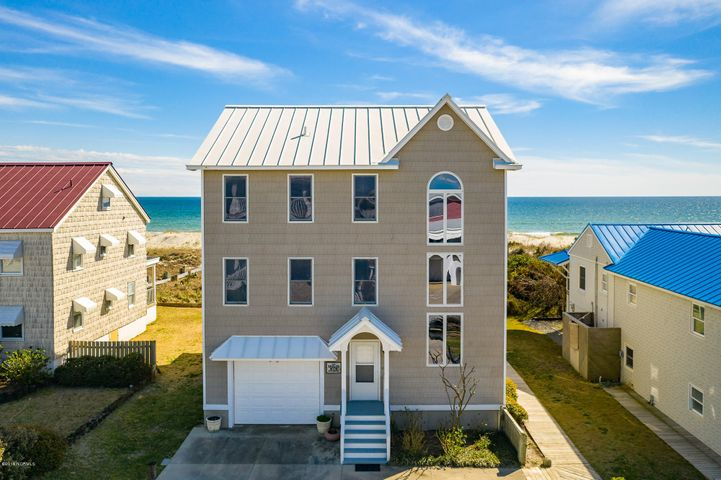 206 Club Colony Drive, Atlantic Beach, NC 28512