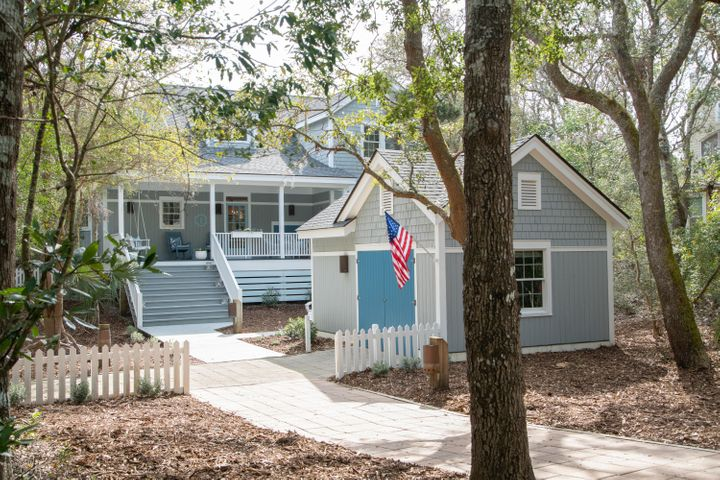 9 Palm Court, Bald Head Island, NC 28461