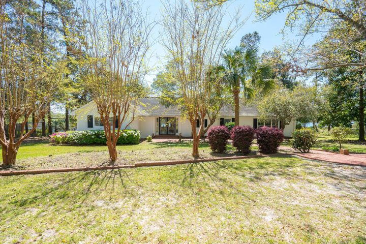 4361 Ocean Breeze Avenue SW, Shallotte, NC 28470