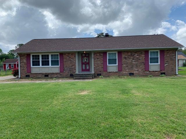 1813 Delwood Drive W, Wilson, NC 27893