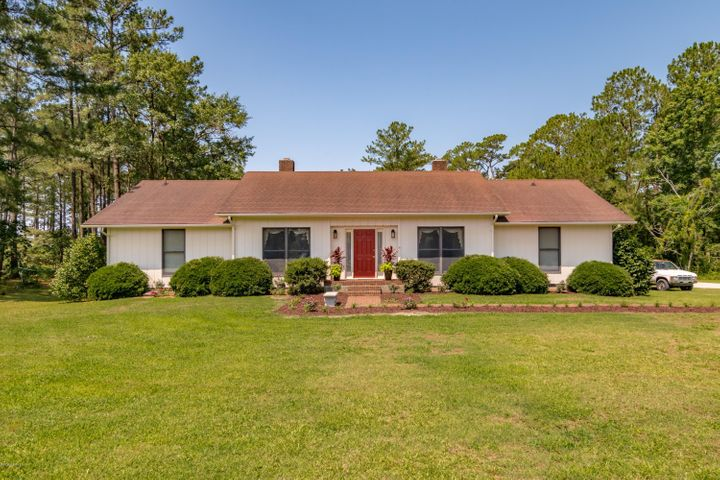 115 Old Cottage Road, Belhaven, NC 27810