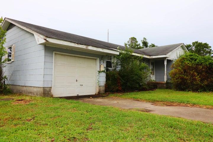 133 Moore Lane, Marshallberg, NC 28553