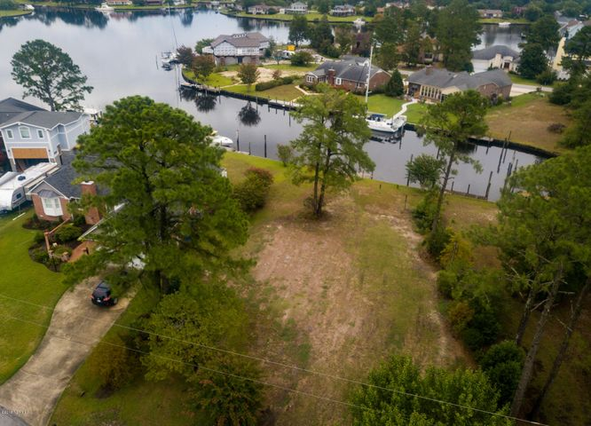 904 Salt Cay Court, New Bern, NC 28560