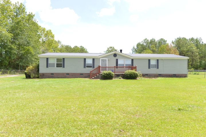 595 Five Mile Road, Richlands, NC 28574
