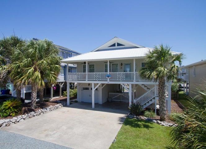32 Newport Street, Ocean Isle Beach, NC 28469