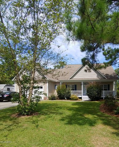 334 Divot Court, Cape Carteret, NC 28584