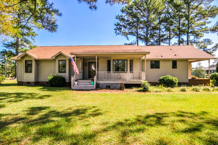 307 Smith Shore Road, Belhaven, NC 27810