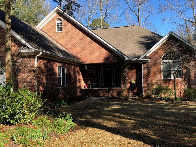 4131 Cape Landing Road, Castle Hayne, NC 28429