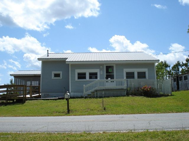 498 Old Pamlico Beach Road E, Belhaven, NC 27810