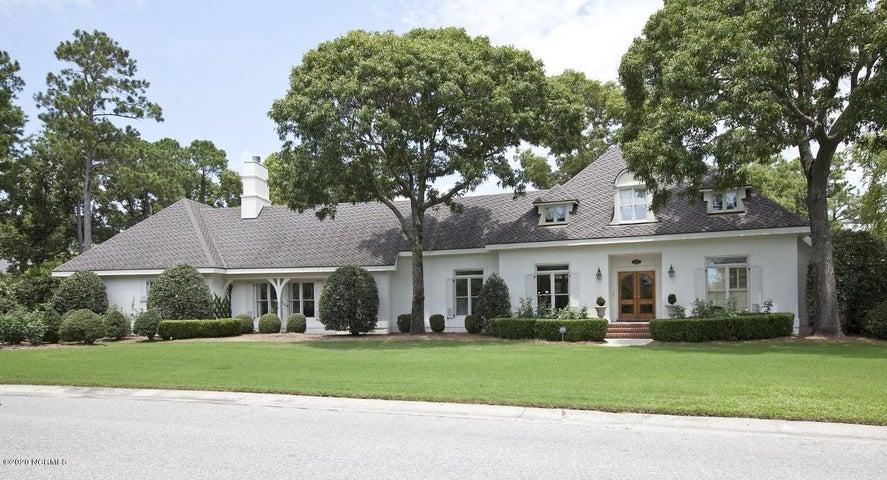 827 Arboretum Drive, Wilmington, NC 28405