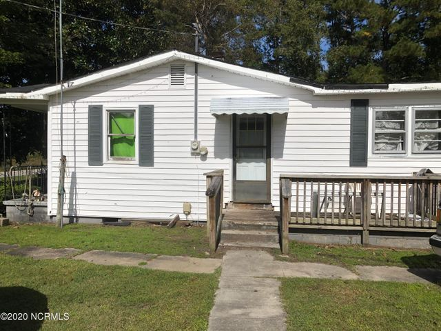 1001 Don Lee Road, Arapahoe, NC 28510