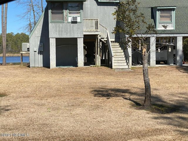 568 Chambers Point Road, Belhaven, NC 27810