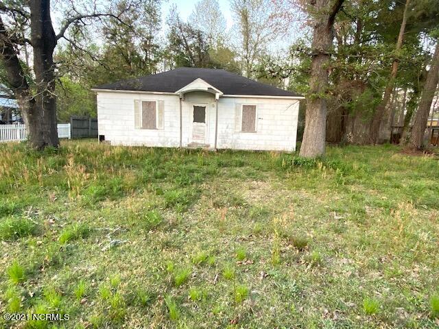 255 Old 87, Elizabethtown, NC 28337