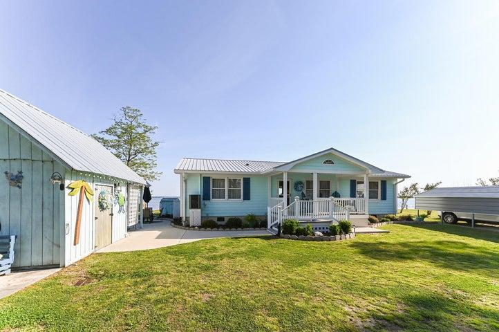 419 Pungo Shores Drive, Belhaven, NC 27810