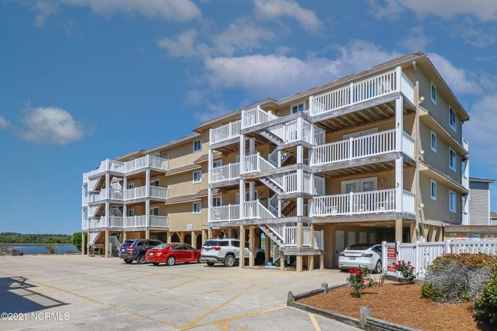 31 Beaufort Street, E2, Ocean Isle Beach, NC 28469
