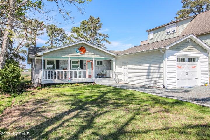 6408 E Yacht Drive, Oak Island, NC 28465
