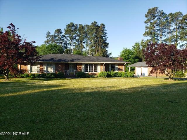3943 Smyrna Road, Whiteville, NC 28472