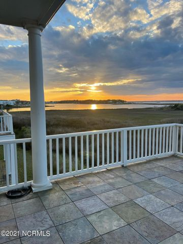 121 Coral Bay Court, Atlantic Beach, NC 28512
