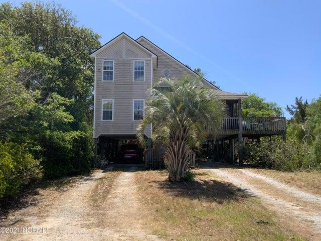 2511 Marsh Hen Drive, Oak Island, NC 28465