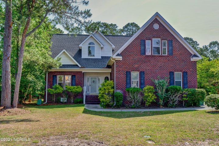 208 Port Side Drive, Sneads Ferry, NC 28460