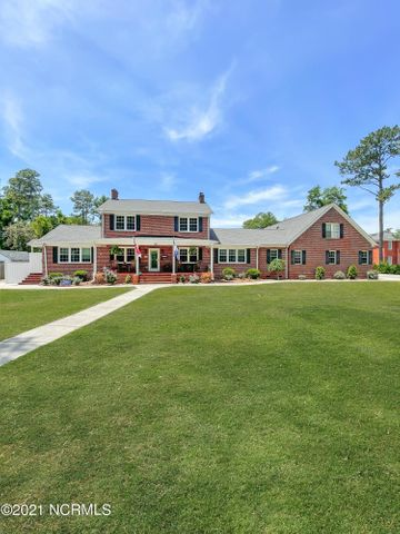 620 Colonial Drive, Wilmington, NC 28403