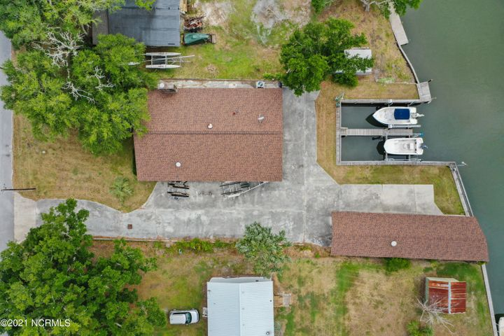 110 Bell Pointe Road, Sneads Ferry, NC 28460