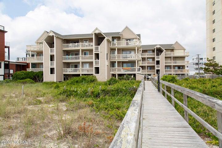 1411 S Lake Park Boulevard, A4, Carolina Beach, NC 28428