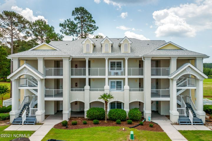 330 S Middleton Drive NW, 207, Calabash, NC 28467