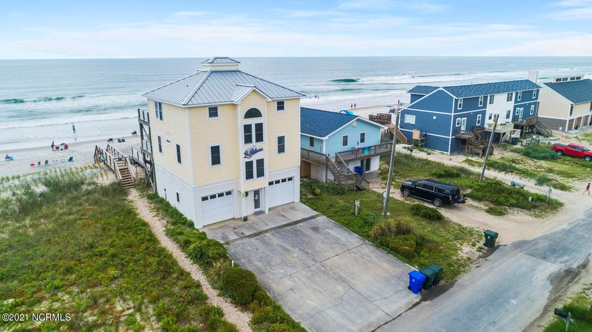 330 Seashore Drive, North Topsail Beach, NC 28460